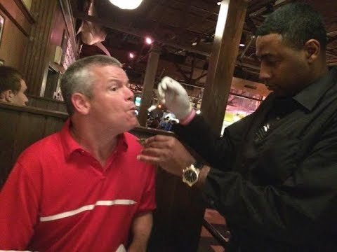 Waiter Sees Man With Cerebral Palsy Struggling To Eat And Knows Just What To Do