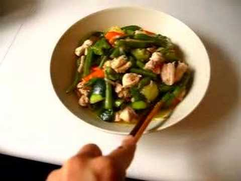 Saute chicken and vegetables 7