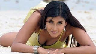 Idayttirkul - Sexy Kausha Tamil Song From Mantra