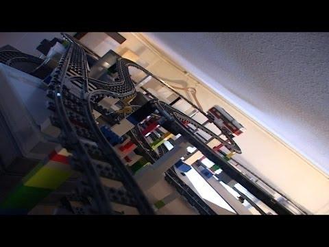 Lego rollercoaster track