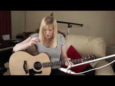 Auditioning an acoustic guitar (Taylor 114e)