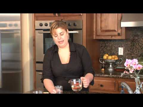 Herb & Fruit Recipes : How to Make Basil Oil