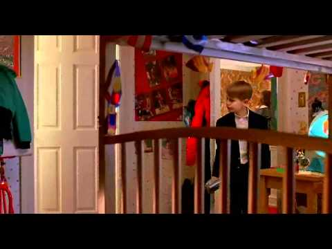 Home Alone 2 - Nosy Little Pervert