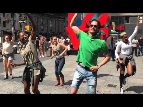 Francois and Amelie's Proposal Flash Mob