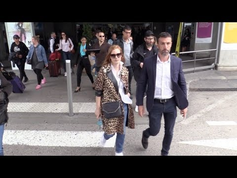 EXCLUSIVE : Jessica Chastain arriving at Nice airport for Cannes Film Festival