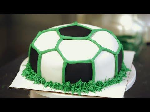 Buttercream Grass for Soccer Ball Cake | Birthday Cakes