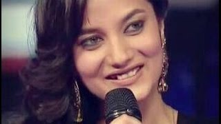 Singer Aakansha Sharma Live Performance