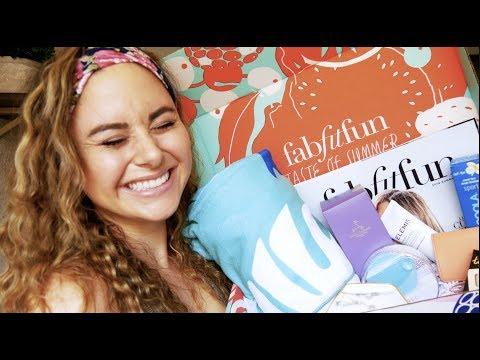 NURSES NEED TO TREAT THEMSELVES | FabFitFun UNBOXING!