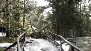 Szczeliniec Wielki zimą 1/2 - szlak do schroniska
