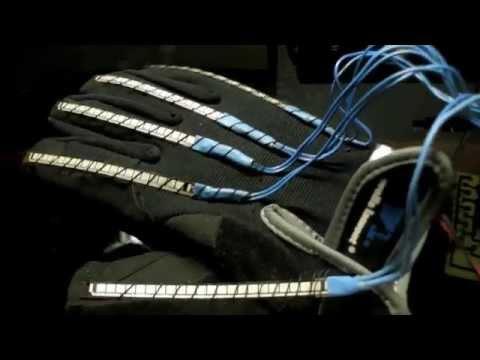 How to make Arduino Wireless Animatronic Hand [Full Tutorial]