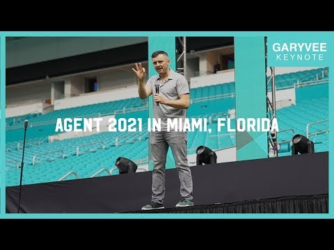 Why You Should Invest in Yourself on Social Media | Agent 2021 Keynote in Miami, Florida