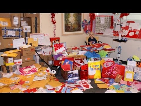 3-Year-Old Boy with Leukemia Gets 4,000 Cards from Around the World