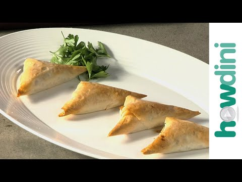 Appetizer recipes: How to make cheese and onion pastry appetizers