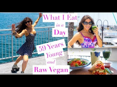 What I Eat in a DAY | Raw Vegan | How to Get a Flat Tummy for Summer