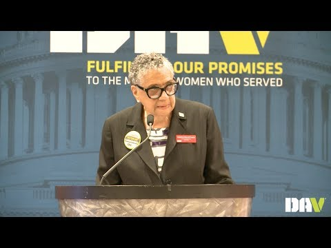 DAV National Commander Delphine Metcalf-Foster speaks at DAV's 2018 Mid-Winter Conference