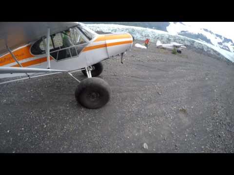 Great fun Supercub Bushflying in Alaska
