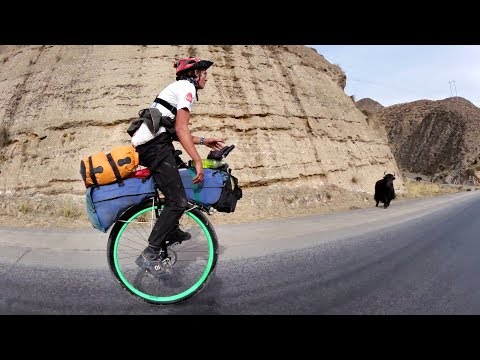 21 year old rides unicycle 5000km across China!