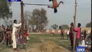 Acrobats deliver breathtaking show in the village of Vihari