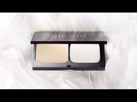 Skin Weightless Powder Foundation by Bobbi Brown - The Natural Look, Perfected