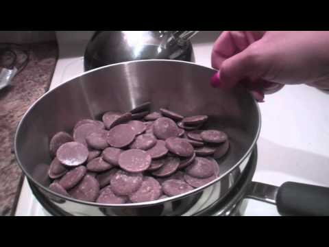 How to make Chocolate covered Pretzels with Lo!