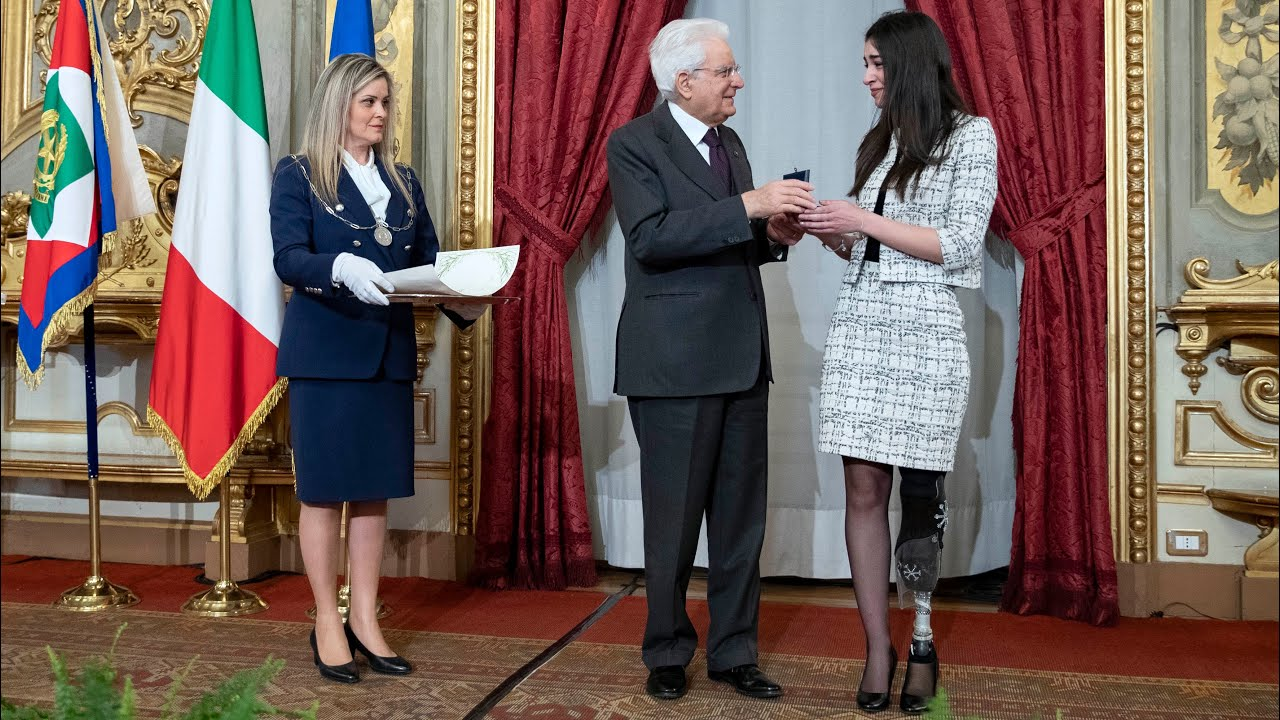 Mattarella consegna gli Attestati d'Onore ai nuovi Alfieri della Repubblica