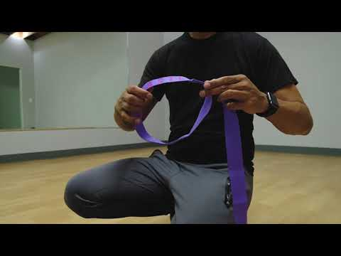 How to Use a Yoga Strap as a Yoga Mat Sling