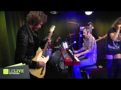 Xxx Mp4 Izia Pissing In A River Reprise De Patti Smith Le Live 3gp Sex