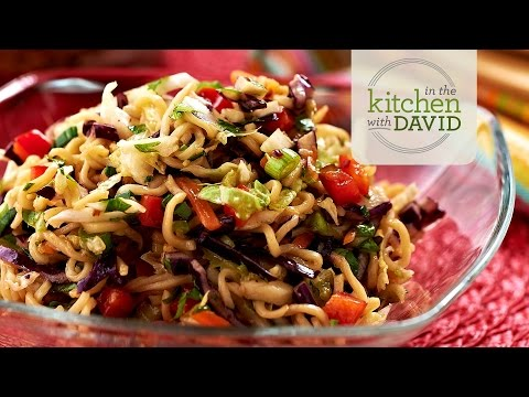 How to Make General Tso's Noodle Salad