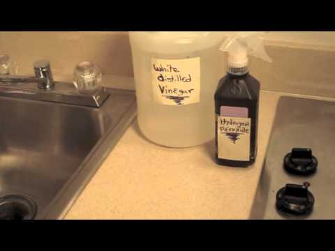 HOW TO MAKE A HOMEMADE  CLEANER TO SANITIZE  COUNTER TOPS  -- (Cheap and Nontoxic)  ✅