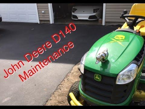 John Deere D140 Maintenance