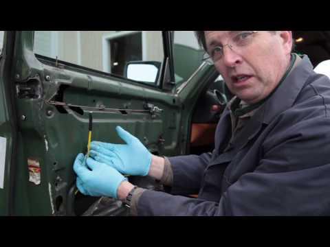 Mercedes 123 Vacuum Door Lock Diagnosis Tip by Kent Bergsma