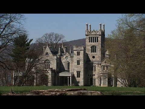 Lyndhurst Mansion and Other Castles of New York