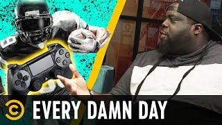 "Crazy ""Madden 19"" Glitches & The Rihanna-Donald Glover Mystery - Every Damn Day"