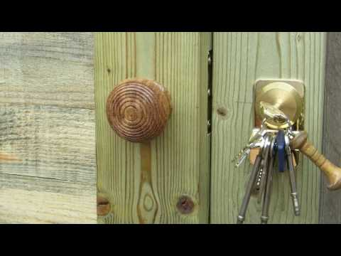 (294) New Door for the Lock Shed (Part 2)