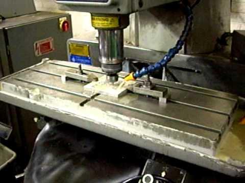 BRIDGEPORT MILLING MACHINE INTERACT 1 MK II, HEIDENHAIN 151 TNC