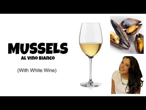 Simple Mussels al Vino Bianco Recipe: Garlic White Wine & Tomato Sauce | Cait Straight Up