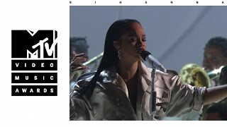 Rihanna - Stay / Love On The Brain / Diamonds (Live From The 2016 MTV VMAs)