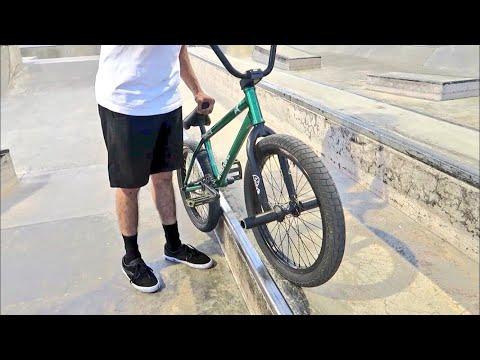 HOW TO GRIND ON A BMX BIKE!