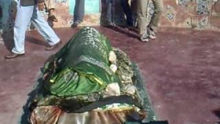 At the grave of Noori Jam Tamachi @ Keenjhar / Kalri Lake