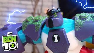 Ben 10 Toys   Four-Arms vs Steam Smythe   Cartoon Network