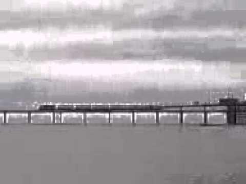 Train on Southend-on-Sea pier