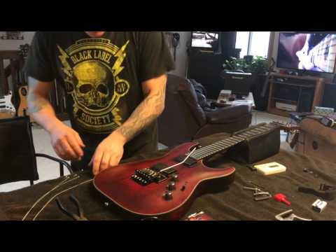 Floyd Rose string change, quick and easy.with tuning trick. (how to tutorial)
