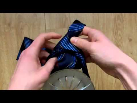 How to tie a tie, EASY DOUBLE WINDSOR, FROM YOUR POINT OF V
