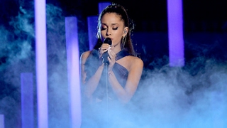 Download Ariana Grande - Just A Little Bit Of Your Heart (Live Grammy's 2015) Video