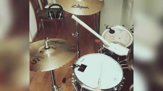 CLOSER - The Chainsmokers ( drum cover )