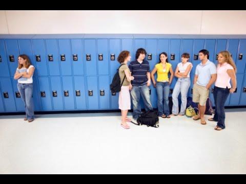 The Impact of Social Cliques