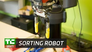 Teaching robots to identify and sort objects