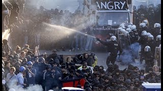 protesters flood g20 summit clash with riot cops