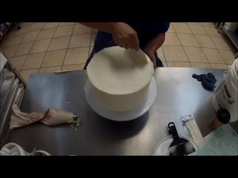 Frosting a Cake with Butter Cream icing