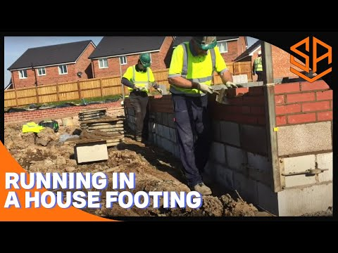 Bricklaying with Steve and Alex    HOUSE FOUNDATION